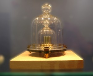 Kilogrammet er den eneste SI-enheten som ikke er knyttet mot en naturkonstant.